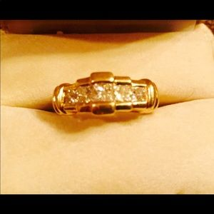 Other - Men's 18Kt Gold w/ 3ct princess cut ring